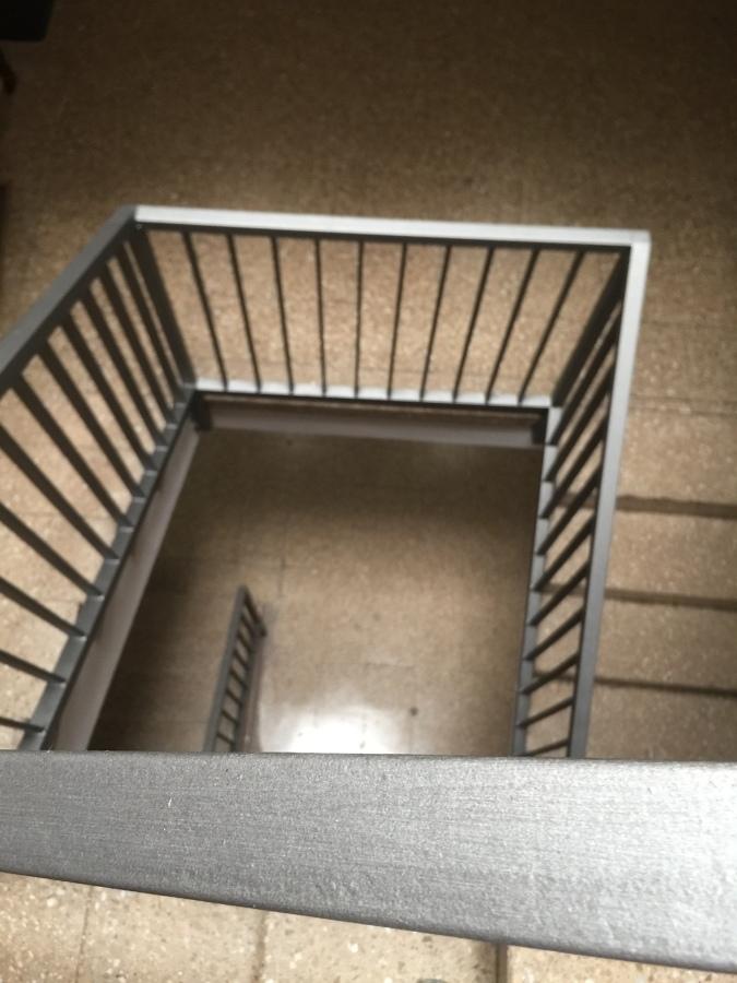 Pintura de barandillas de escaleras