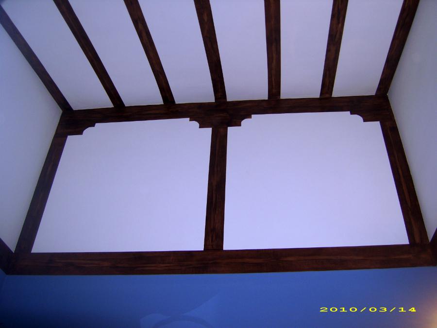 pintura efecto viga tn techo de habitacion imitado a madera