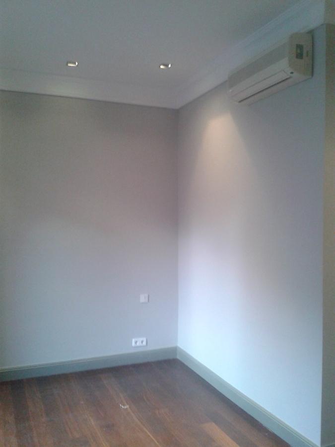 Pintura en general de pisos ideas reformas ba os - Pintura techo bano ...