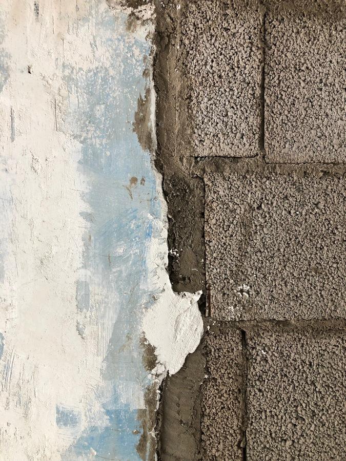 Pintura en raspado, morteros originales y bloques