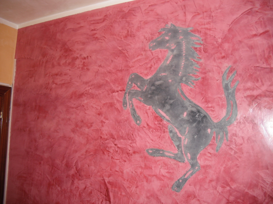 Pintura Estuco con simbolo de Ferari echo a mano