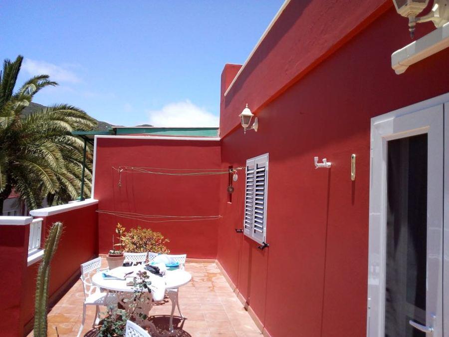 pintura exterior de edificio balcones