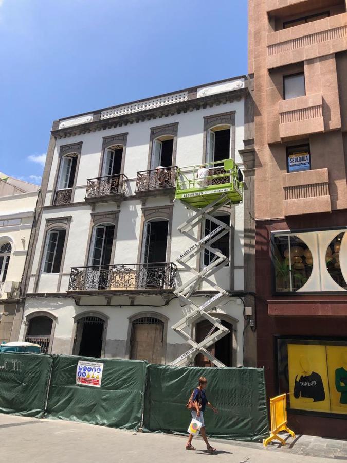 pintura exterior fachada edificio triana 7.JPG