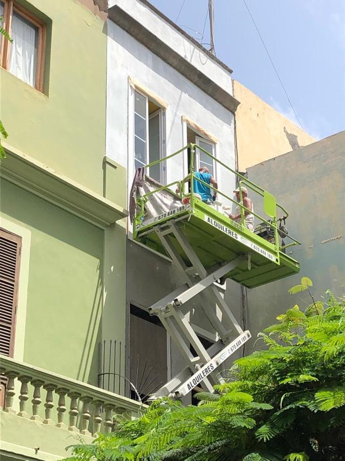 pintura exterior fachada edificio triana 14.JPG