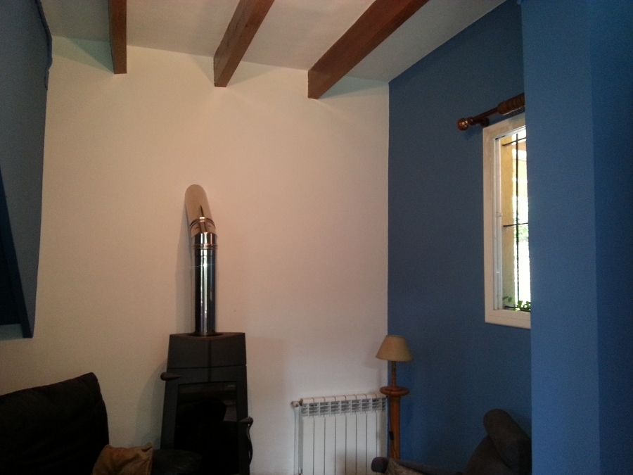 Foto pintura exterior e interior casa de masquepintura for Color de pintura interior de casa