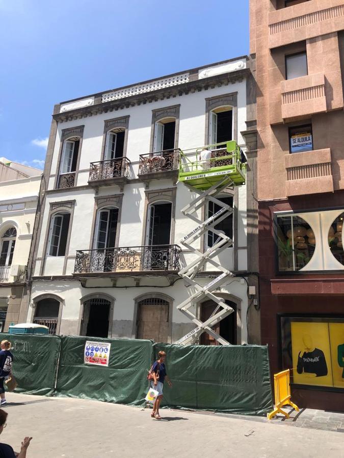 pintura exterior fachada edificio triana 6.JPG
