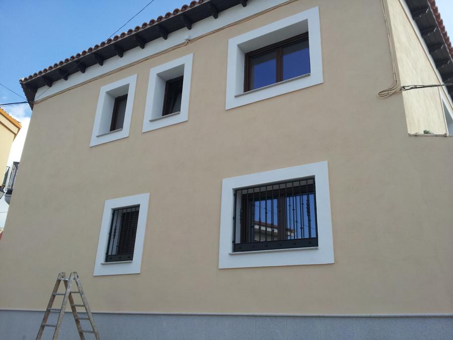 Pintura fachada e interior de vivienda ideas pintores - Pintura para fachada ...