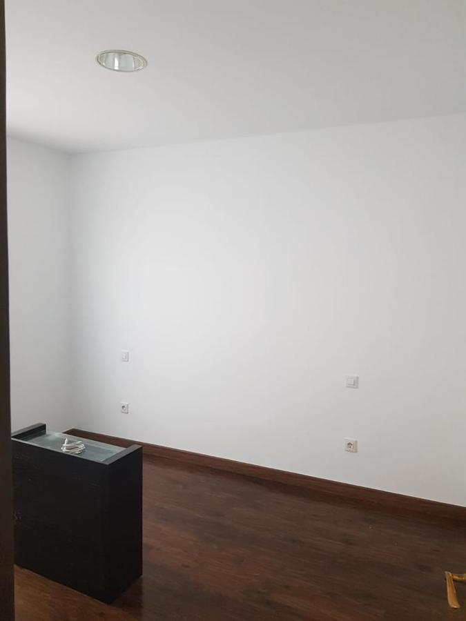 pintura interior de vivienda Abril 9.JPG