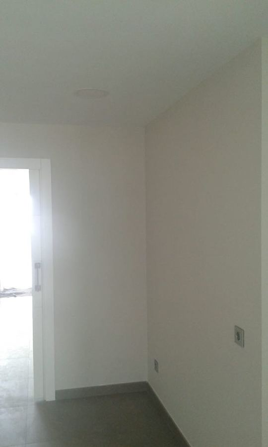 pintura interior de vivienda habitación