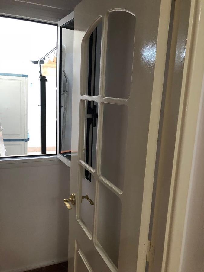 Pintura puertas interior de vivienda ideas pintores for Puertas para vivienda