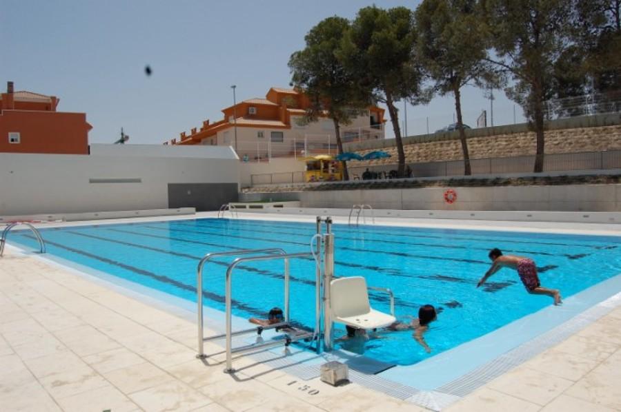 c mo adaptar una piscina a minusv lidos y mayores ideas