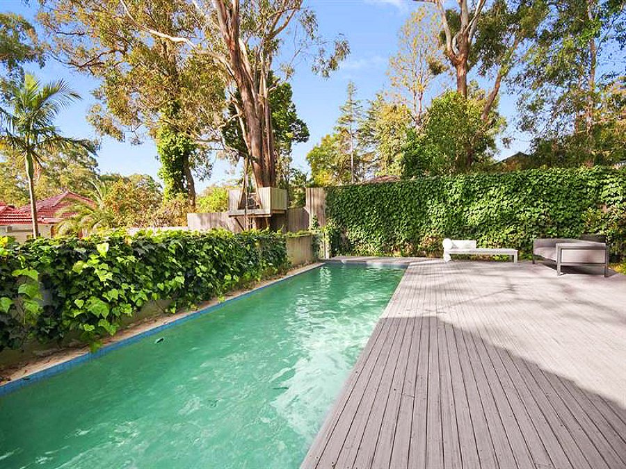 piscina alargada