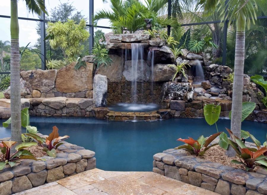 Cascadas para piscinas cuando la belleza y la salud van for Cascadas modernas para jardin