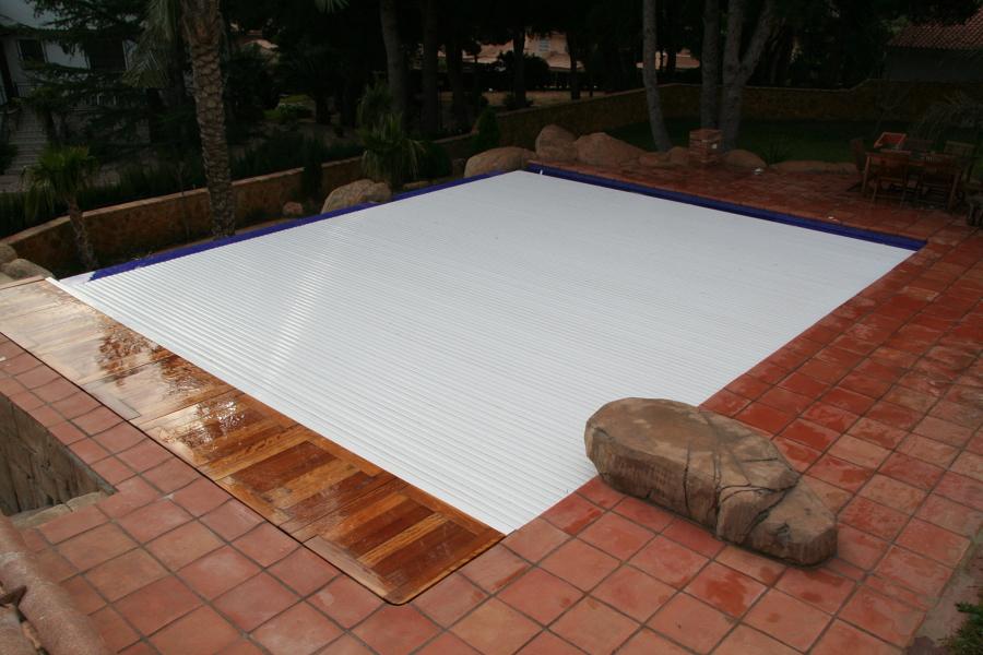 foto piscina cerrada de newline tendencias 1078889