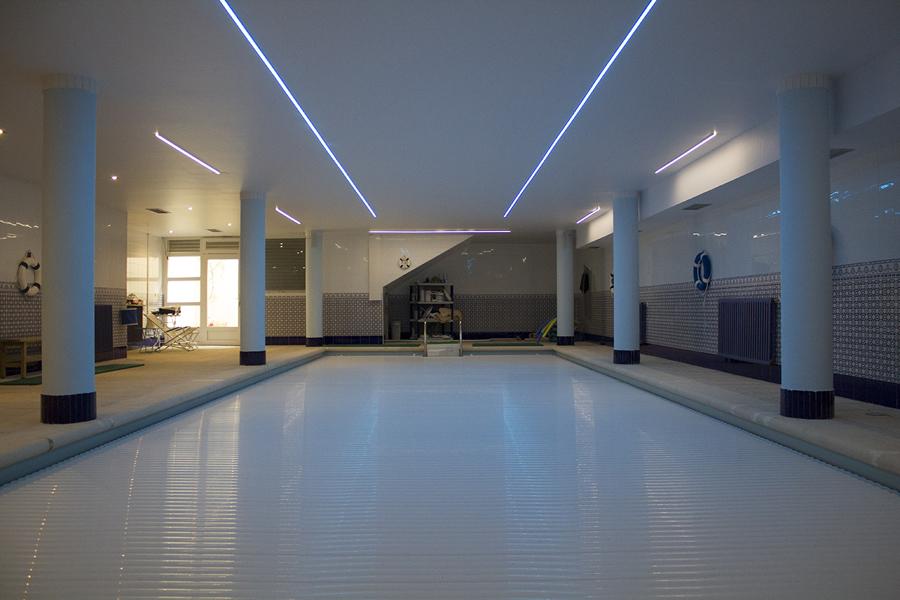 Aqualink controla todos los par metros de la piscina desde for Temperatura piscina climatizada