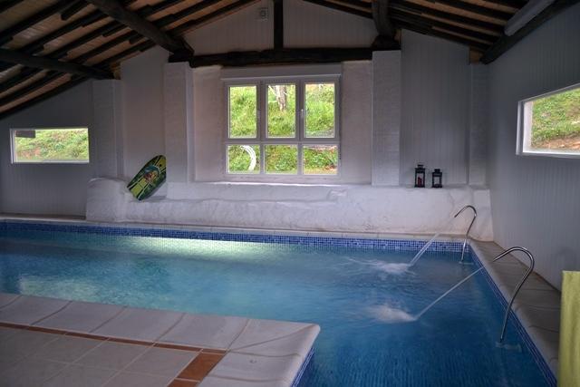 Foto piscina climatizada de artycla s l 326557 for Piscina climatizada teruel