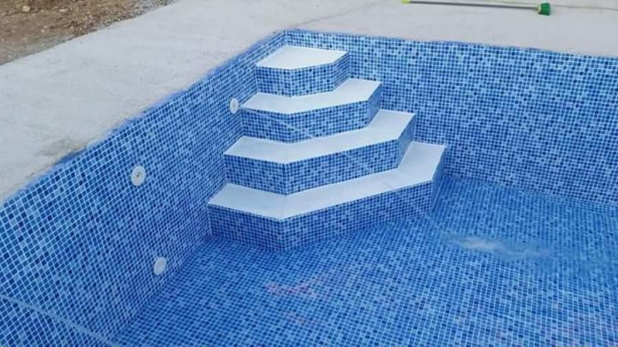 Temporada de piscinas ideas construcci n piscinas - Hacer una piscina de obra ...