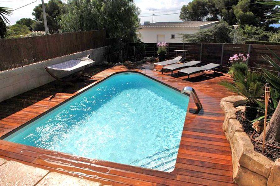 Tarima de exterior granollers ideas parquetistas for Tarima piscina