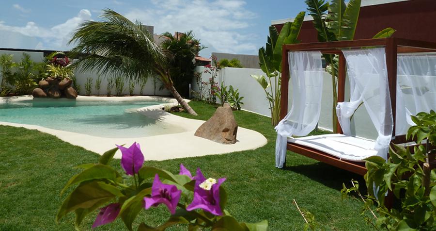 Piscinas de arena conoce los detalles de la nueva for Casas para jardin baratas