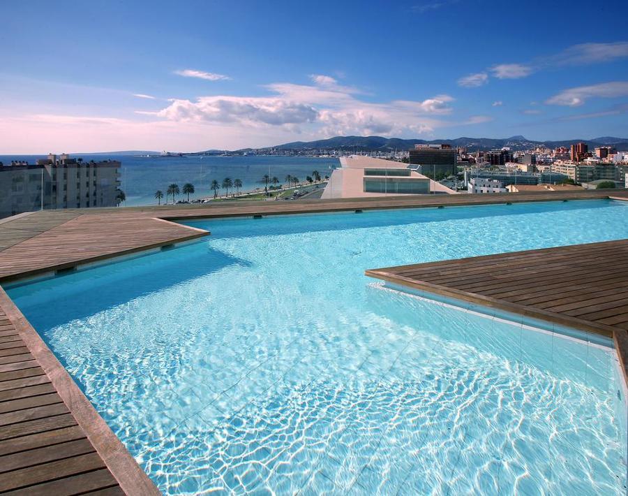 piscina en palacio de congresos de palma de mallorca