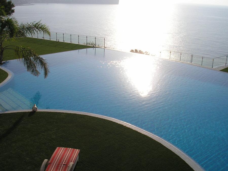 Foto piscina de dise o de xabiapools 625718 habitissimo for Diseno piscina