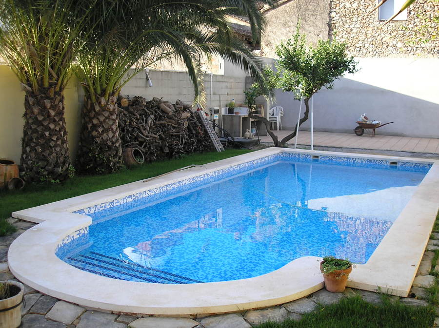 Piscinas para uso particular ideas construcci n piscinas - Piscina de hormigon ...