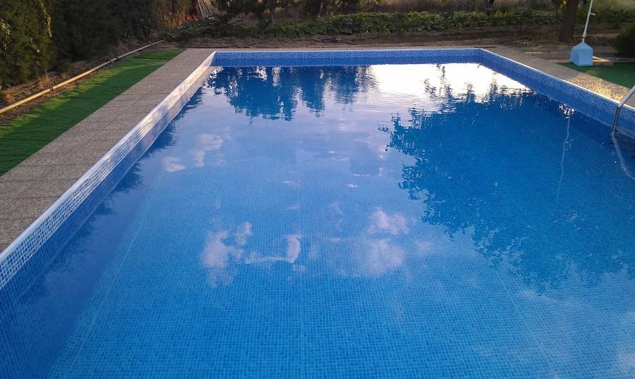 piscina de lámina armada