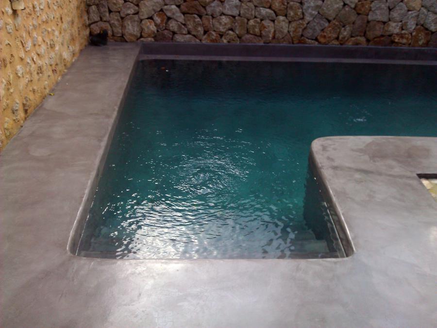 Foto piscina con microcemento gris acero despues de - Microcemento para piscinas ...