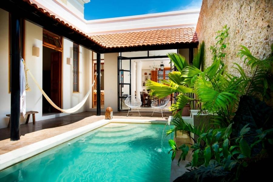 Las 10 mejores piscinas del verano ideas construcci n - Piscinas en patios interiores ...