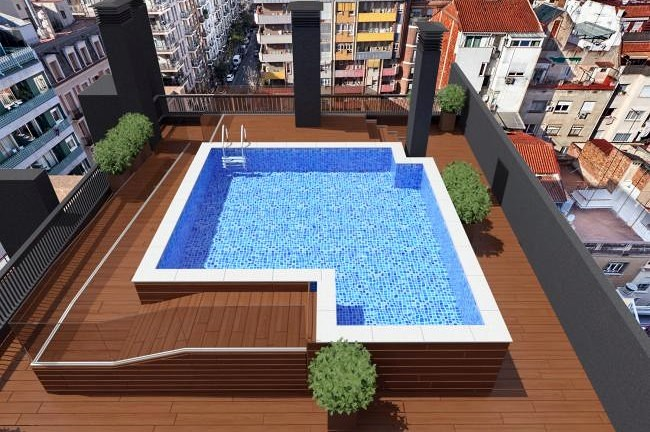 piscina en planta cubierta