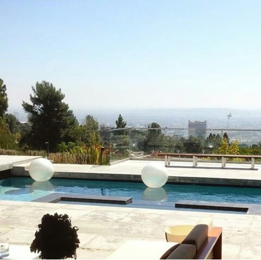 Foto piscina exterior de grupo artisticos 914631 for Piscina exterior