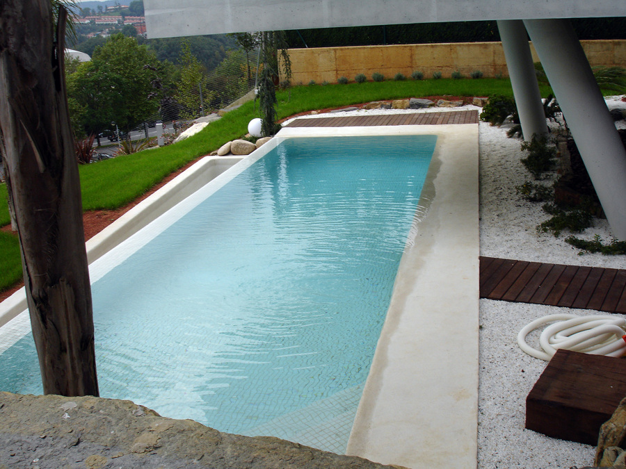 Piscina lantegui en c diz ideas construcci n piscinas for Piscina de cadiz