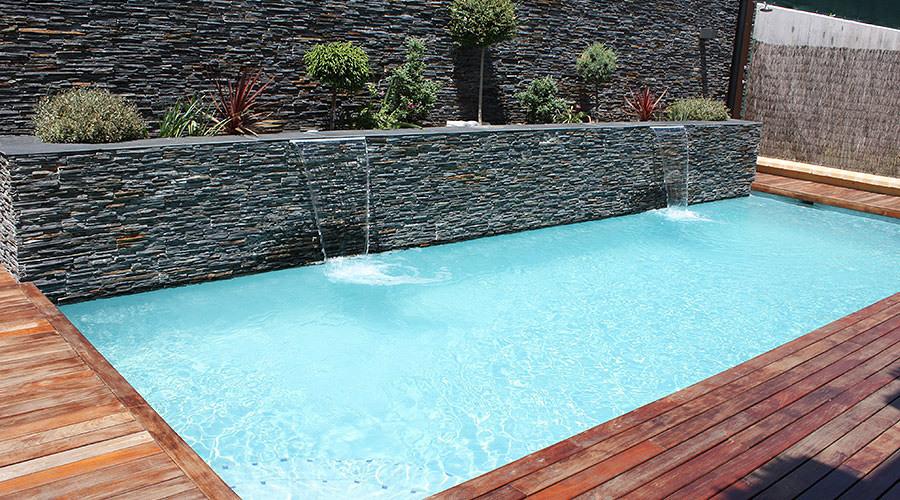 C mo elegir tu piscina low cost ideas construcci n piscinas for Como hacer una piscina economica