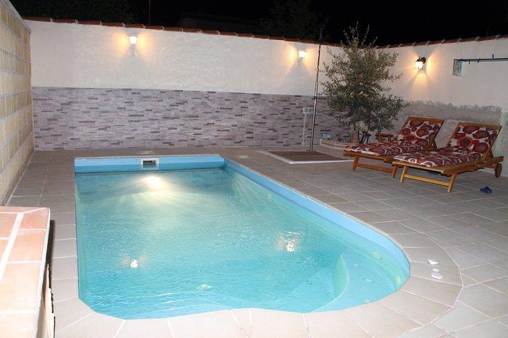 Instalacion de piscina de poliester en meco ideas for Presupuesto construccion piscina