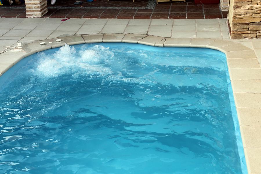 Foto piscina prefabricada meco 3 de piscinas j c for Piscina prefabricada