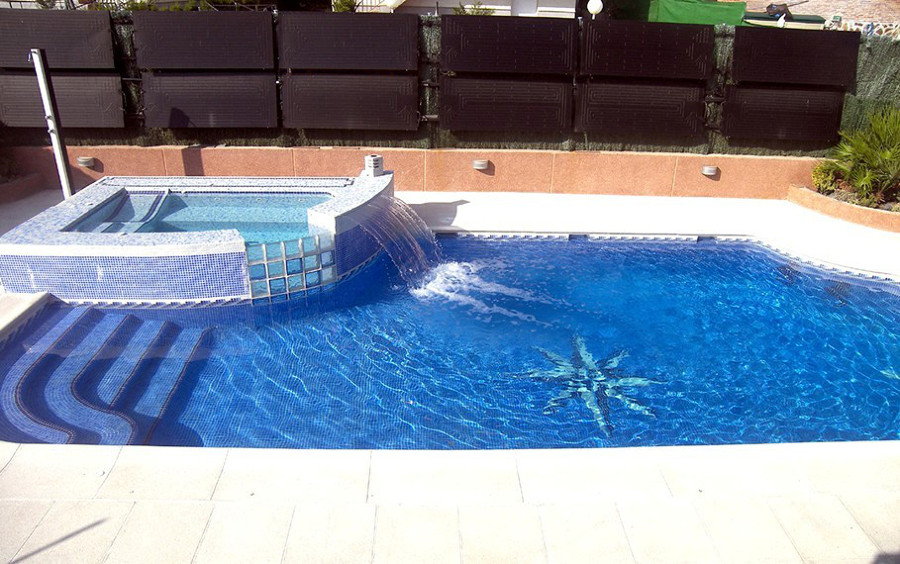Piscina sin cloro ideas dom tica for Cloro piscina