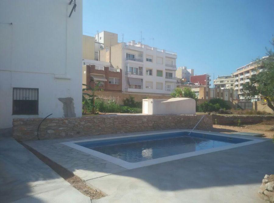 foto piscina unifamiliar de construccions del montsia c b