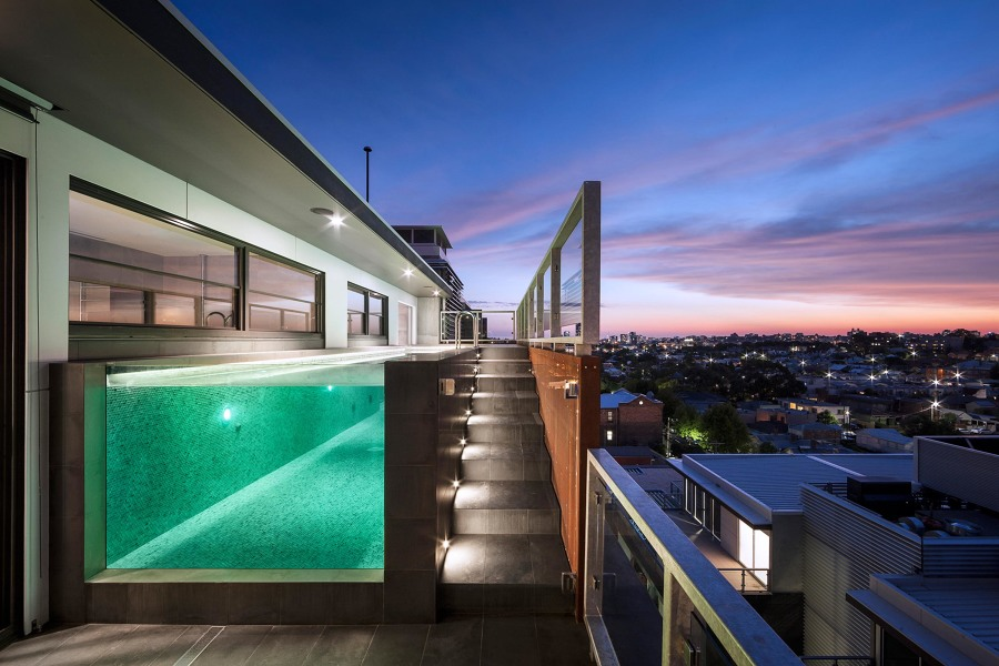 piscina vidrio