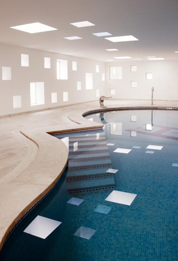 hotel piscina climatizada caceres: