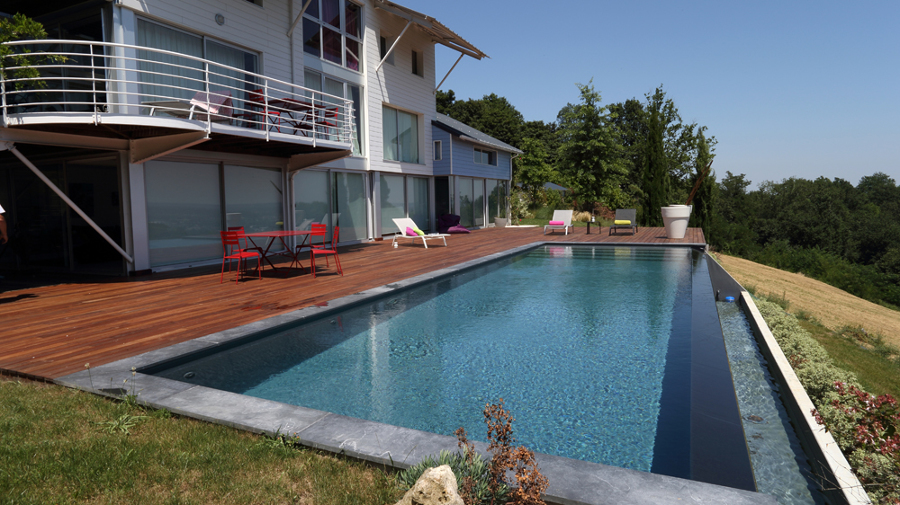 El incre ble antes y despu s de 4 piscinas ideas decoradores for Piscina de canal
