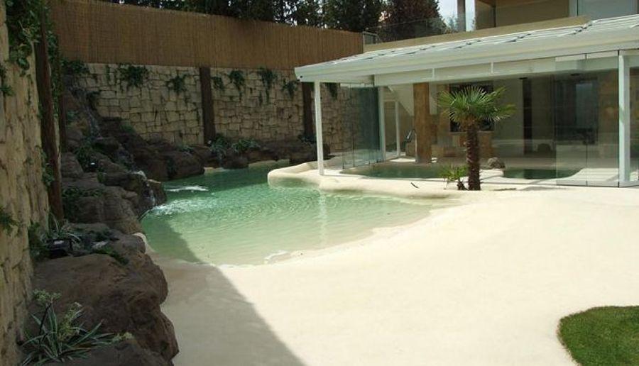 Las piscinas de arena un oasis en nuestro jard n ideas for Presupuesto para una alberca