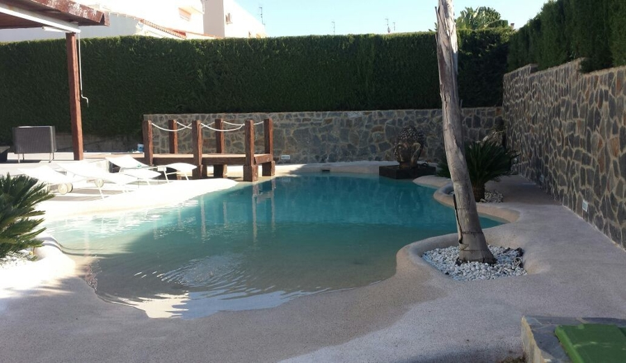 Atr vete con las piscinas de arena y acerca tu casa al mar - Casas baratas con piscina ...
