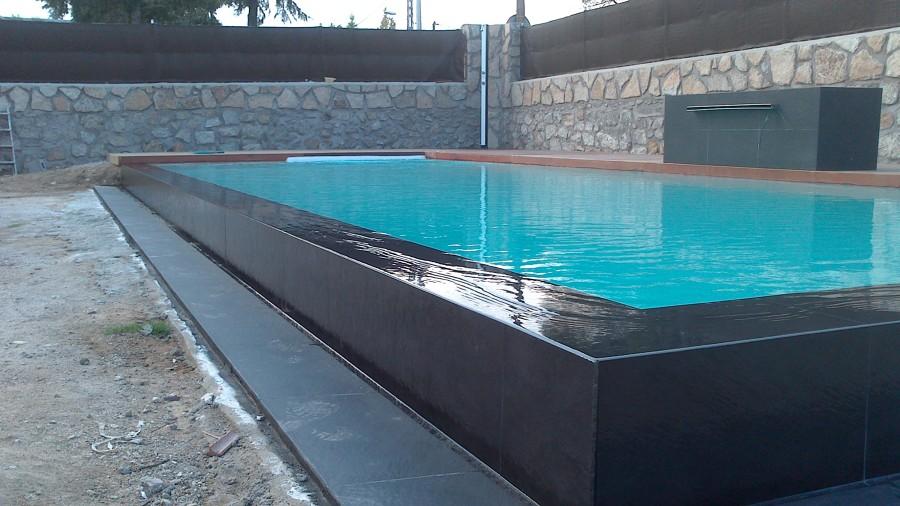 foto piscinas desbordantes de piscinasyreformas 1137941
