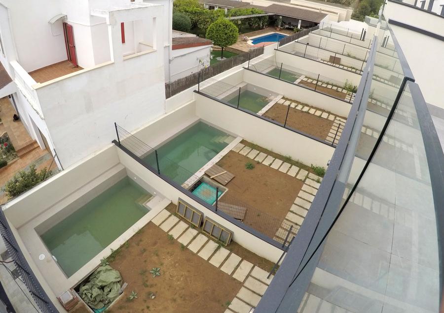 Piscinas + Jardín La Vileta