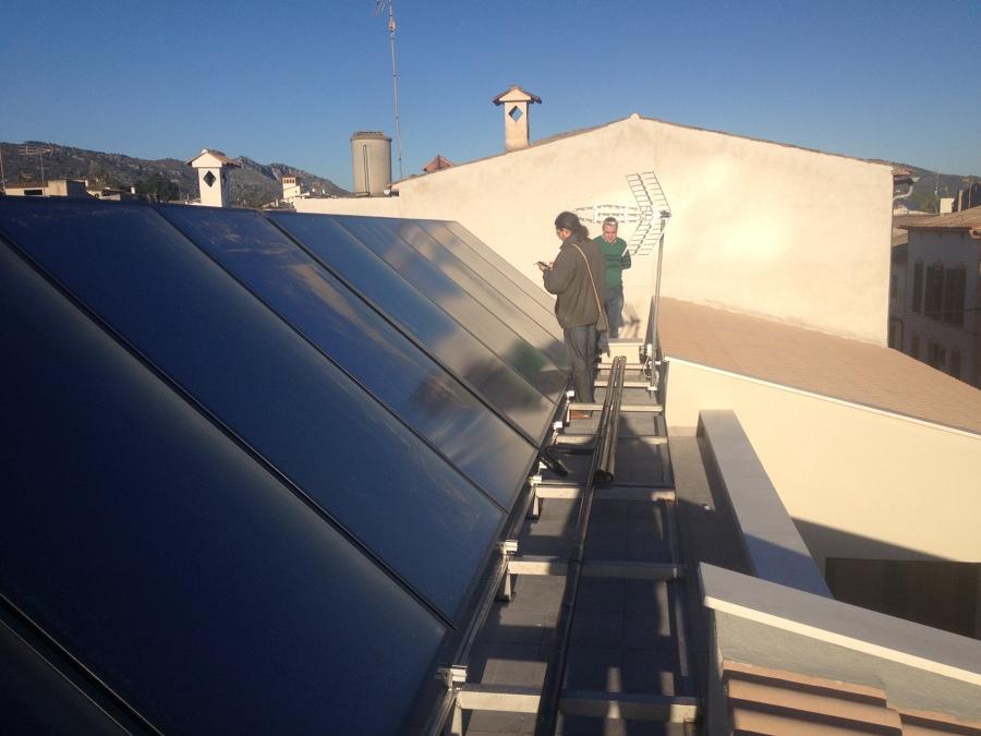 Foto placas solares de 6tec estudi 832544 habitissimo for Placas solares barcelona
