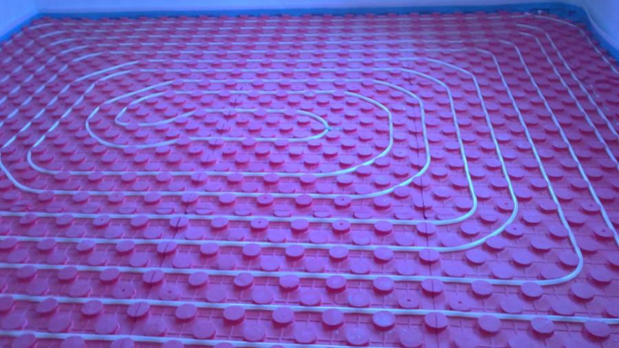 Instalacion de calefaccion suelo radiante refrescante for Suelo radiante refrescante opiniones