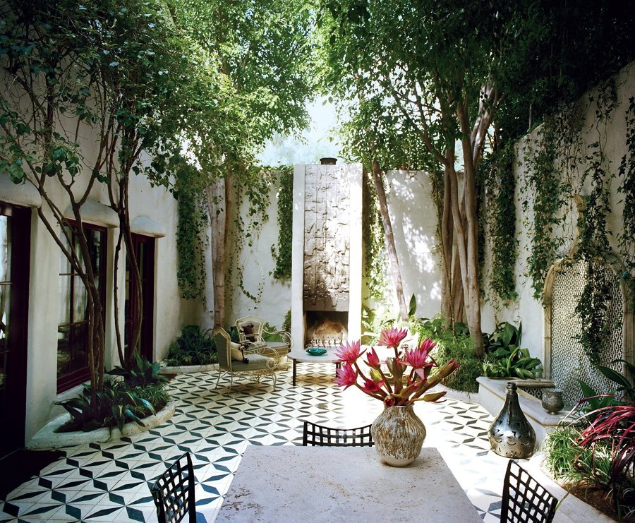 10 terrazas y patios que merecen un 10 ideas decoradores - Patios interiores andaluces ...