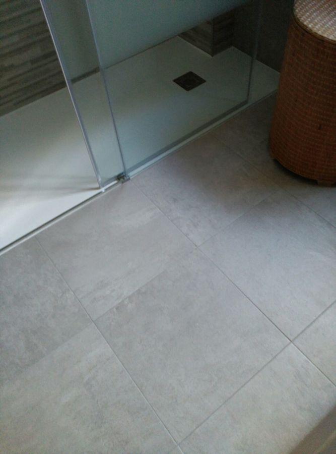 Plato de ducha al mismo nivel del suelo