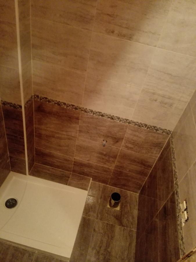Foto plato de ducha ba o gris de reformas jmros 1078304 - Bano plato ducha ...