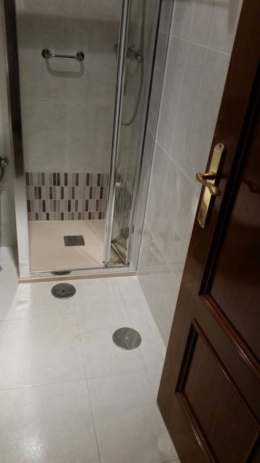 Cambio de plato de ducha por plato de ducha antideslizante - Plato ducha antideslizante ...